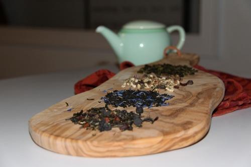 4 teas
